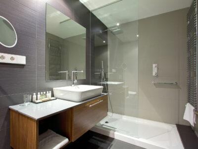 bathroom-installation-02